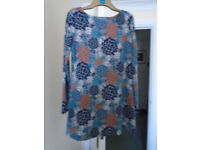 Brand new Ladies above knee tunic type top,grey background with gorgeous coloured flowers ..size 14