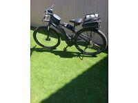 Mens electric bike. Cube reaction hybrid pro 400