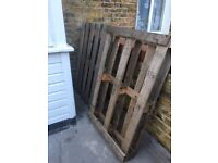 2x FREE Wooden Pallets (collect from Tooting Broadway)