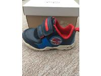 Clarks boys light-up shoes 4.5G