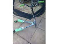 Yvolution scooter