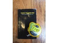 Finis Tempo trainer