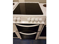 white 50cm ceramic cooker perfect working order and in good condition