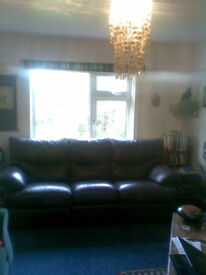 Large 3 seater manual reclining sofa Very good condition dark brown