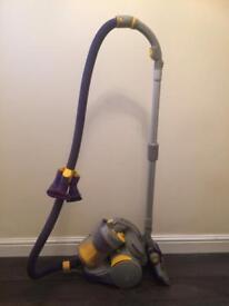 Dyson vacuum Cleaner DC 05