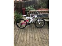 New muddy fox girls mountain bike