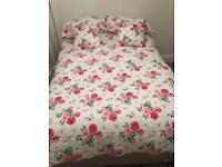 Small double silent night bed