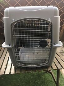 Large dog crate / kennel approved for air travel