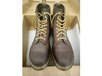 Dr Martens 1460 - 8 Hole Eyelet Brown- *Almost New* Size - UK 8