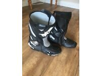 Oxstar motorcycle boots size 9