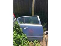 Astra H car door