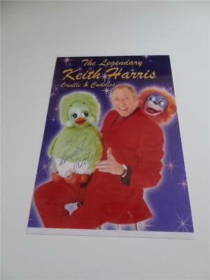 KEITH HARRIS SIGNED REPRINT PHOTOGRAPH WITH ORVILLE & CUDDLES