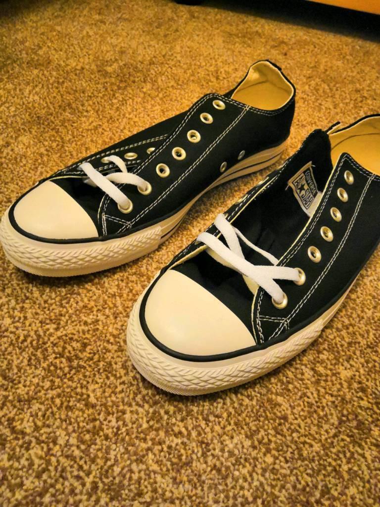 Men s Converse Size 10-Brand New  cfb5b38b2
