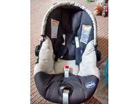 chicco newborn + carseat