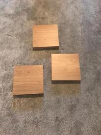 3 small shelves