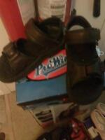 boys size 4 sandals brand new in box