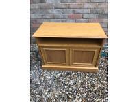 Used, Oak effect tv cabinet (can deliver) for sale  Norwich, Norfolk