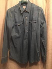 Blue Levi's denim jacket, UK XL
