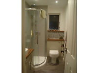 IMPRESSIVE,SPACIOUS ONE BEDROOM APARTMENT, FULLY FURNISHED, CENTRAL,QUIET LOCATION,RESIDENTS PARKING