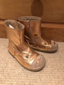 Boden girls leather reindeer boots, size 28.