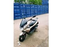 Honda pcx 125 2013 1 year mot