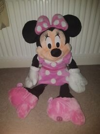 Big soft toys minnie and mickey both from the disnsey shop