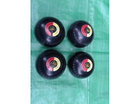 BOWLS LAWN BOWLING BALLS SIZE 7 FREE LOCAL DELIVERY