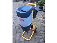 Ryobi 2400W Electric Garden Waste Shredder/Mulcher/Chipper (Model RSH-2455)