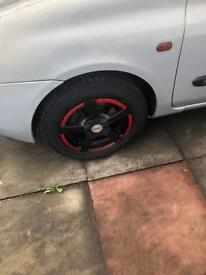 4 multstood Fox alloy wheels with good condition tires