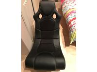 2 Gaming chairs for sale excellent condition