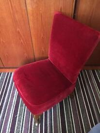 Dressing chair mint condition