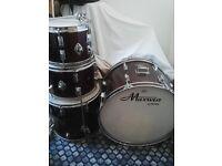 Drum kit-Pearl