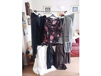 Ladies suits 2 skirts and 4 trouser suits size 18