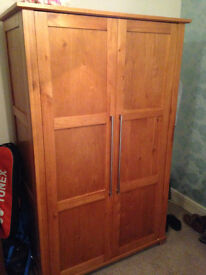 Solid Oak double wardrobe with matching chest of drawers