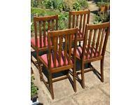 Set of 4 stylish oak dining chairs