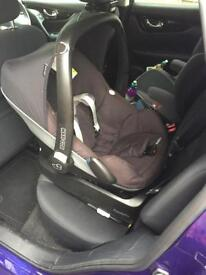 Isofix bass, car seat and accessories and chassis from Quinny