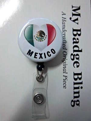 MEXICO Flag in Heart shape  ~ Retractable Reel ID Badge Holder
