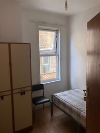 Two double bedrooms and one single bedroom to let
