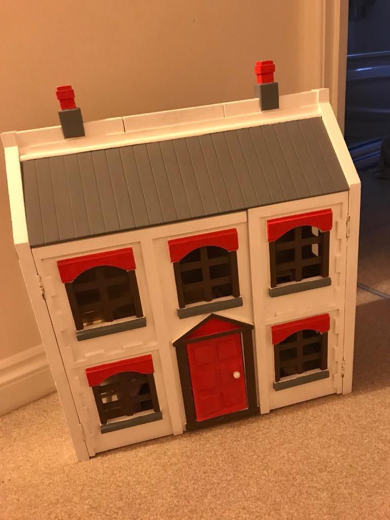 Wooden doll house - hand painted