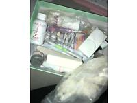 False nail kit used once