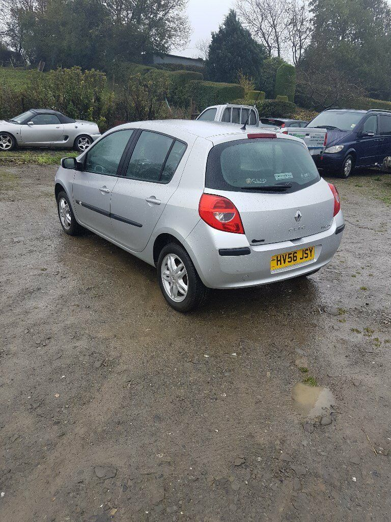 2006 Renault clio New timing belt,clutch, 12 months test and full service ideal first car