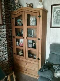 Mexican pine display unit