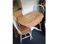 Cream Shabby Chic Twin Kitchen Dinning Room Table and Windsor Chair Set 2 pair
