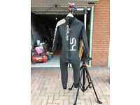 Orca S4 Triathlon swimming wetsuit, good condition, Had use but still Good, Size7
