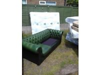 Quality Green Leather Chesterfield Sofa 2 x Cushions Missing FREE delivery