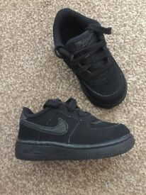 Boys Nike Air Force ones size 6.5