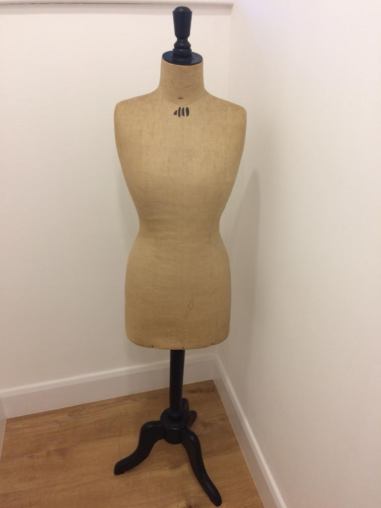 Vintage French mannequin