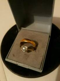 22ct Solid Gold Wedding Band & 18ct Gold Engagement Ring Size M/N?