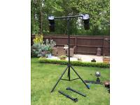 Rig of two disco lights and extendable standa