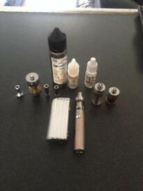 Vip nexus vape with oils three tanks another battery and acsesories